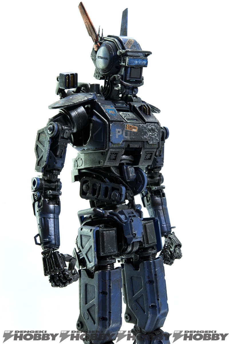 """threezeroから、映画『チャッピー』の人工知能ロボット""""チャッピー""""がアクションフィギュアとなって登場!"""