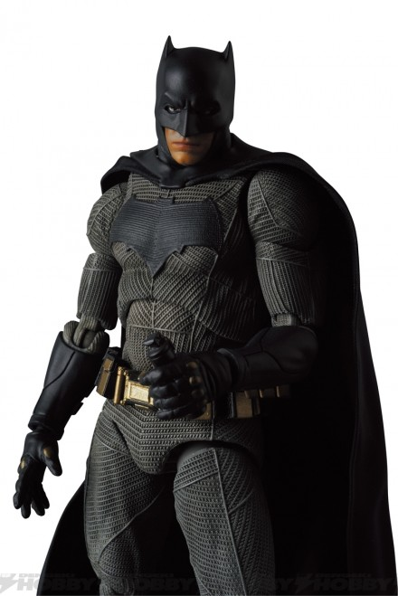 08-mafex_batman_04