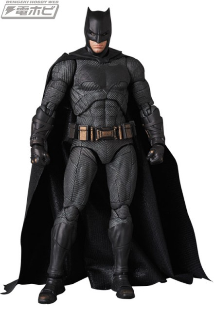 MAFEX-BATMAN_1