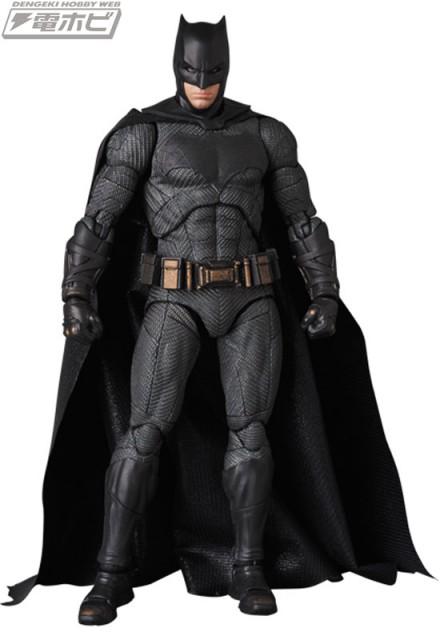 MAFEX-BATMAN_1