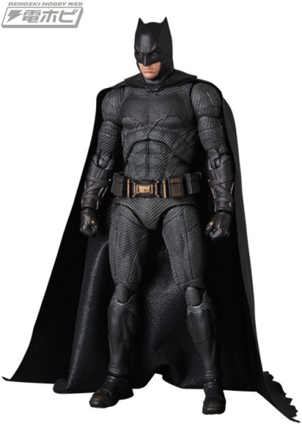 MAFEX-BATMAN_3