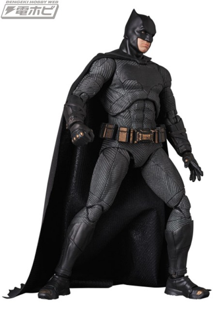 MAFEX-BATMAN_7