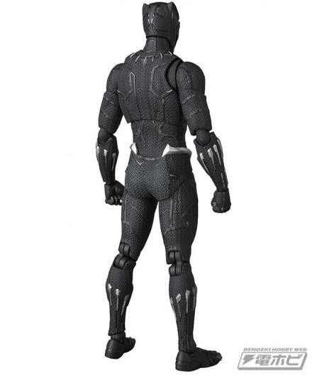 mt_03_mafex_black_panther_03