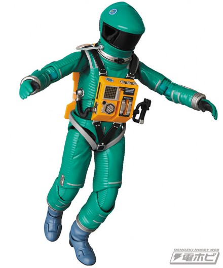 mt_04_mafex_mafex_spacesuit_green_blue_11