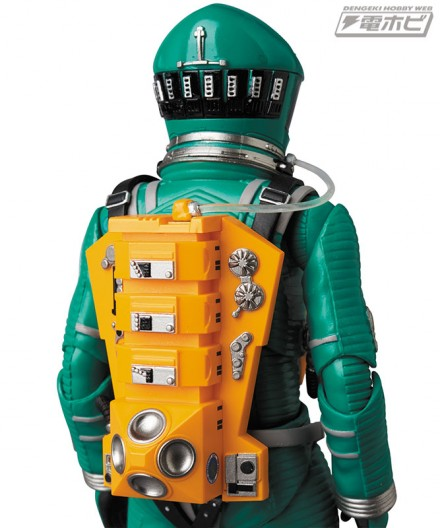 mt_04_mafex_mafex_spacesuit_green_blue_14