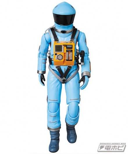 mt_04_mafex_mafex_spacesuit_green_blue_21
