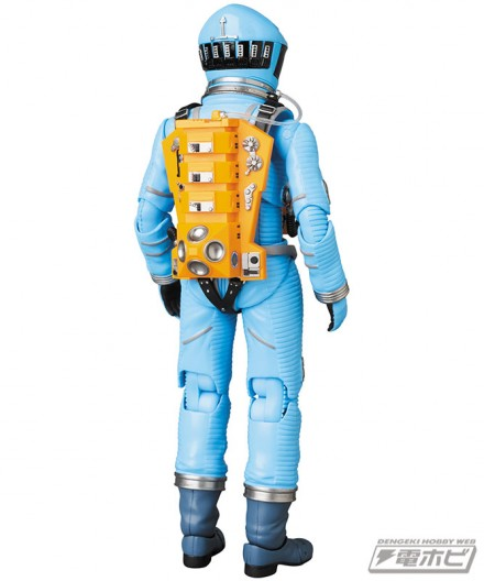 mt_04_mafex_mafex_spacesuit_green_blue_22