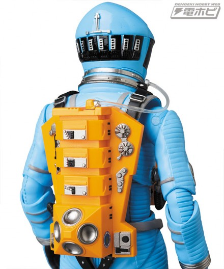 mt_04_mafex_mafex_spacesuit_green_blue_24