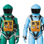 mt_04_mafex_mafex_spacesuit_green_blue_ec