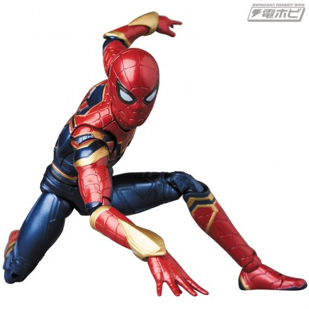 mafex_iron-spider_08_02
